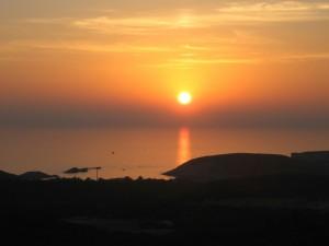 mindfulnessreizen, zonsondergang Sardinie