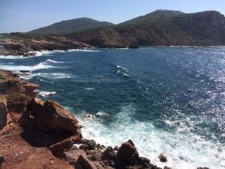 acceptatie van gedachten, meditatie op Sardinie