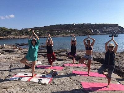 mindfulness op sardinie aan zee met Monique van Proosdij